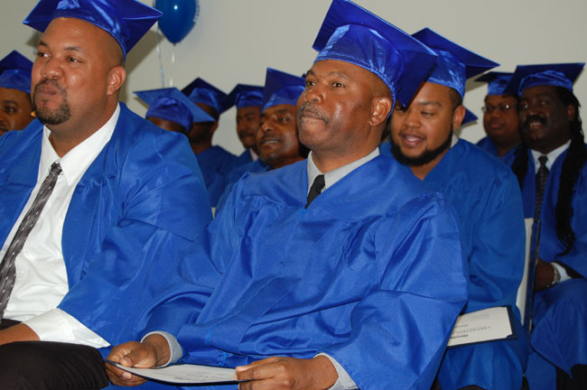 high school diploma vs ged Each year, roughly 750,000 high school dropouts try to improve their prospects by taking the general educational development test, or ged.