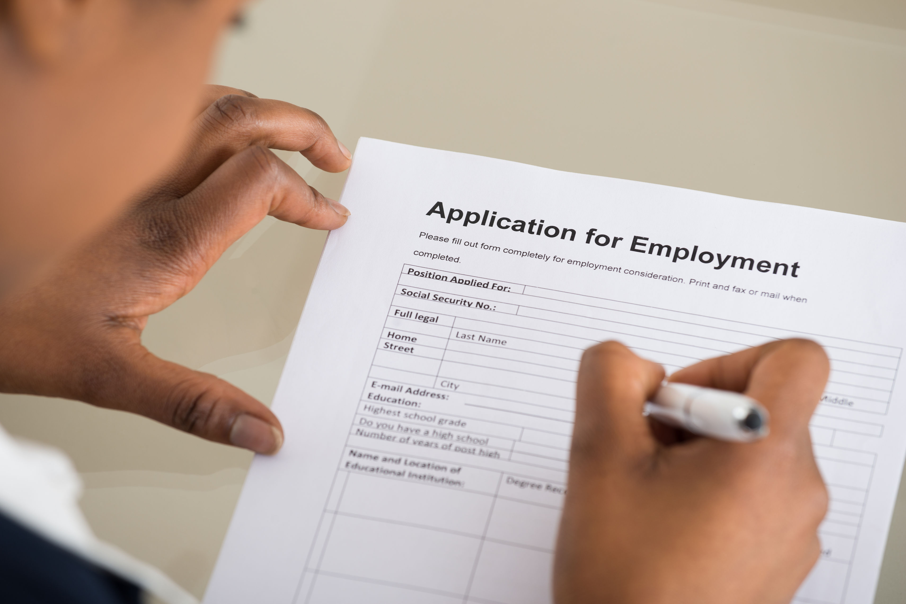 recruit filling out application for employment