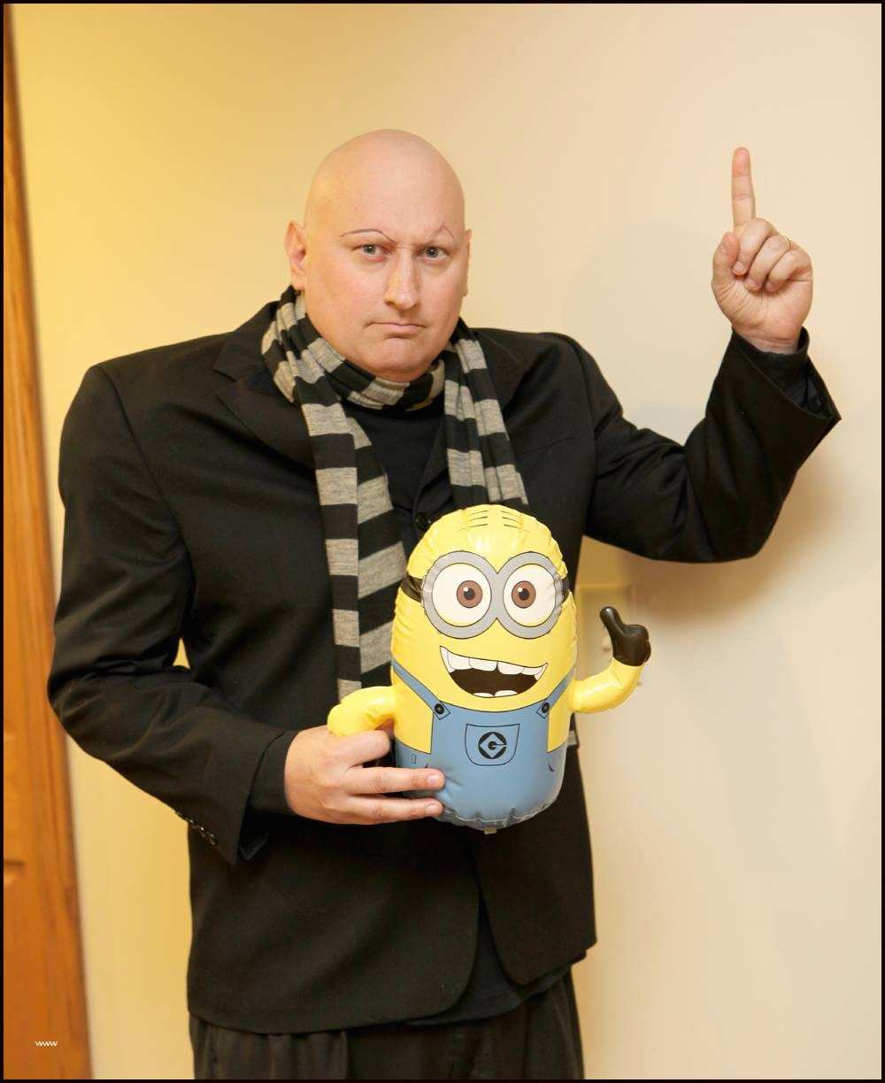 DIY Gru costume from Despicable Me
